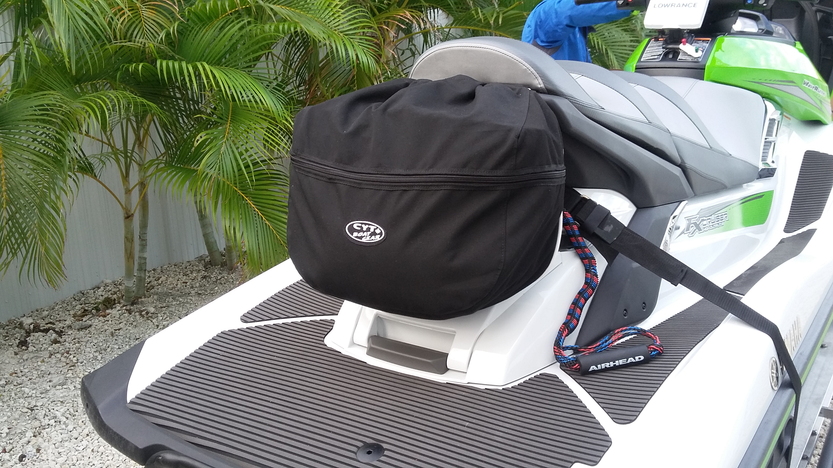 Pet Seat Covers >> Boat Gear & Marine Accessories